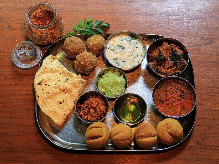 Jaipur-Cuisine-Dal-Bati-Churma