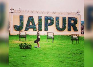 yoga-in-jaipur-travelling