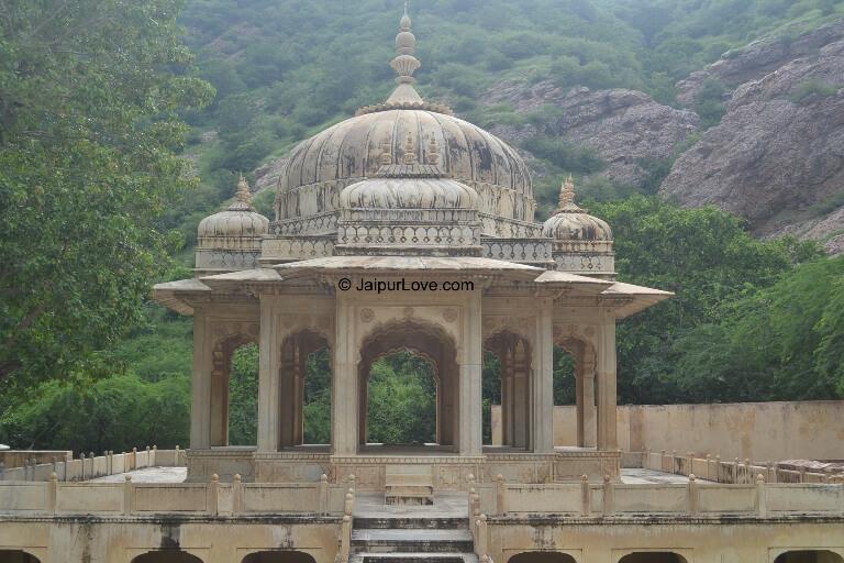 Gaitore Ki Chhatriyan Jaipur – About Royal Crematorium Cenotaphs Site