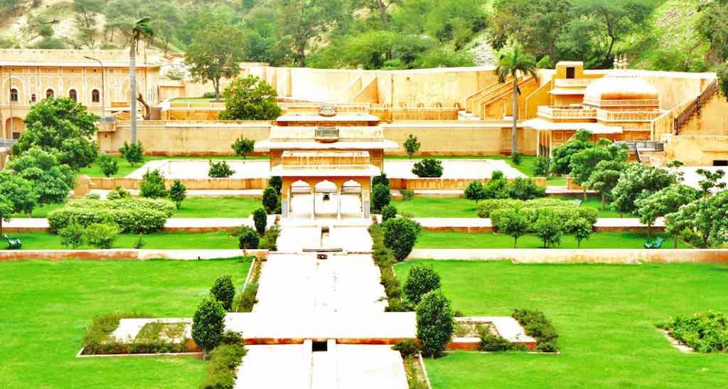 Sisodia Rani Garden Jaipur: Timing, Entry Ticket, History & Travel Info