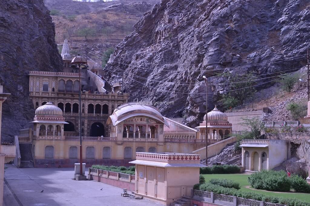 jaipur-galta-temple-3