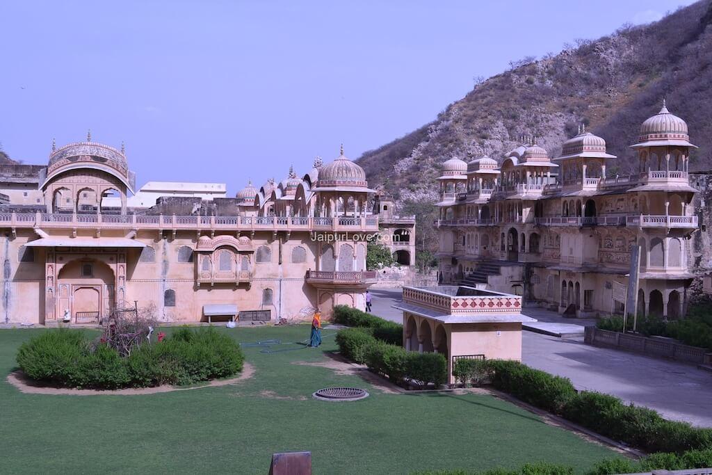 jaipur-galta-temple-5
