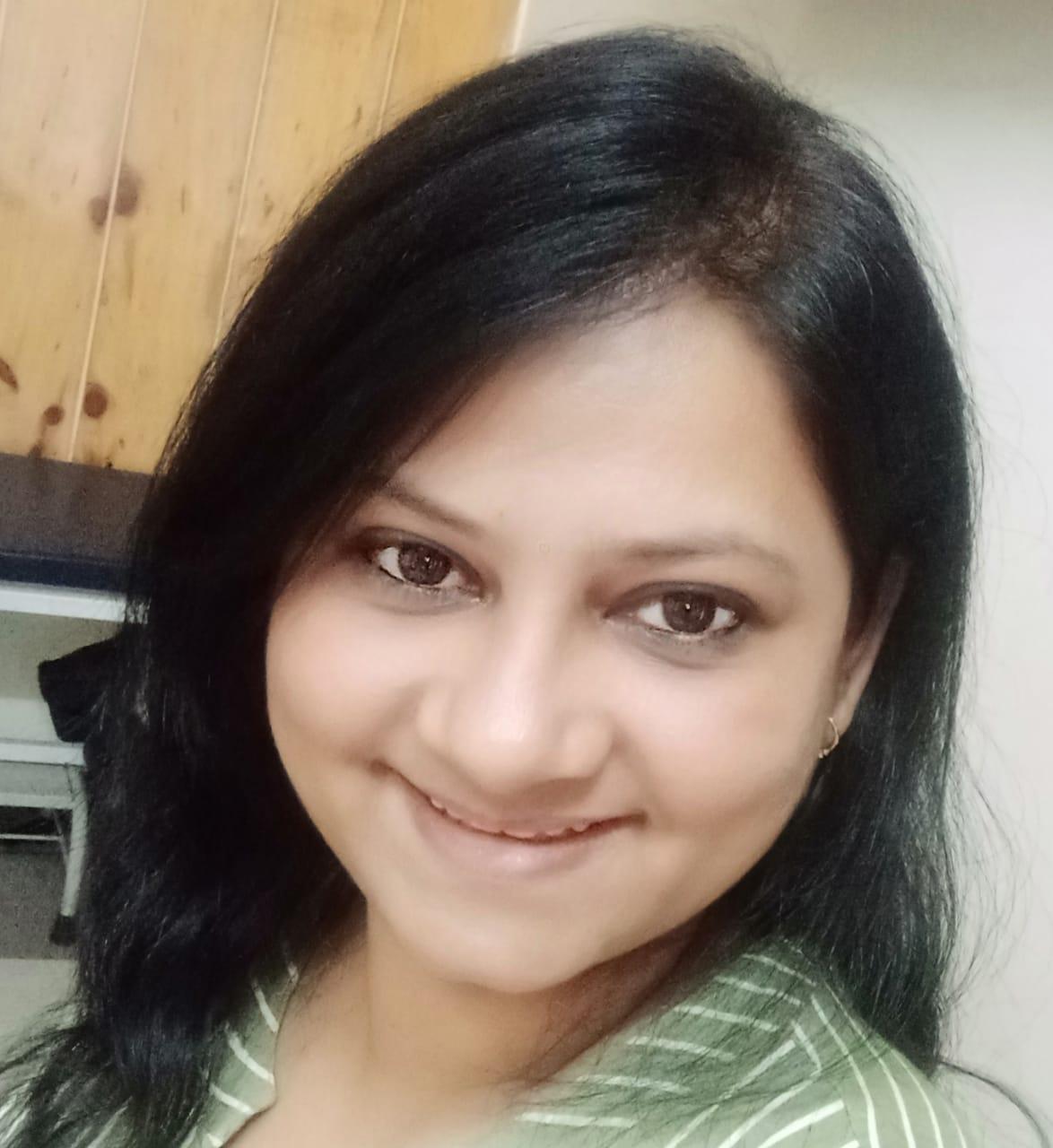 Dr. Veenu Pareek PT